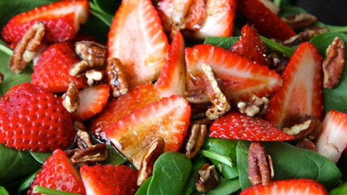 3-24-strawbs-and-spinach